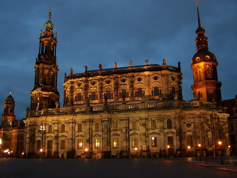 Dresden Cathedral | photo © drazdany.info